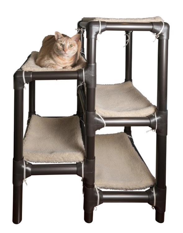 Walnet Cat Bed